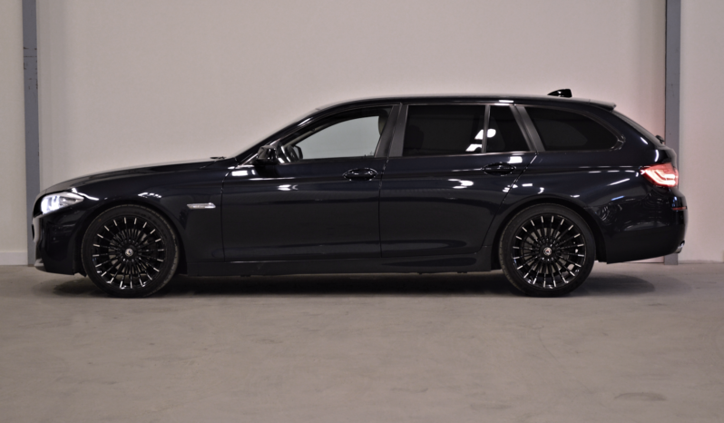 BMW 520D M-Touring M-Sport full